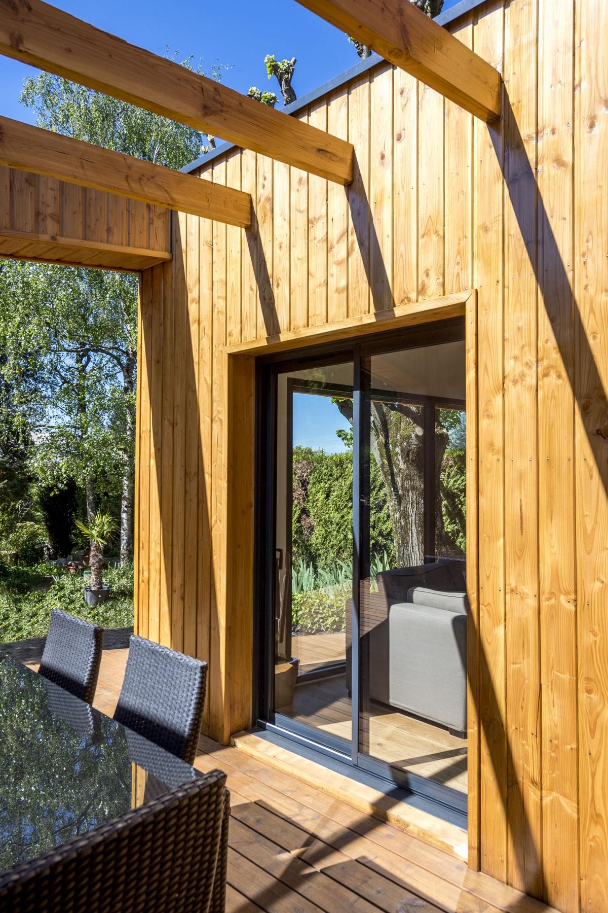 Réhabilitation et extension en bois : 10
