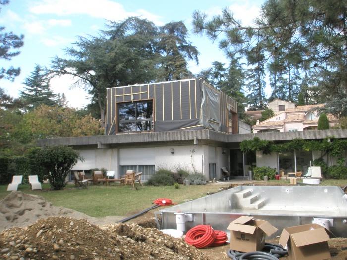 Surélévation d'une maison à toit plat