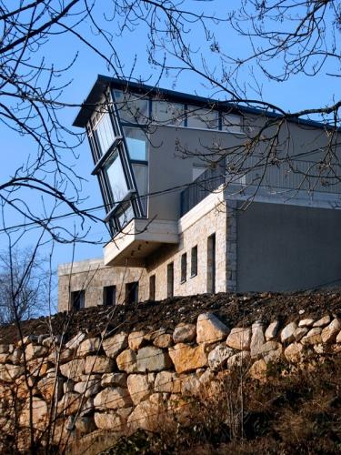 Maison individuelle puy en velay le une r alisation for Agrandissement maison besoin architecte
