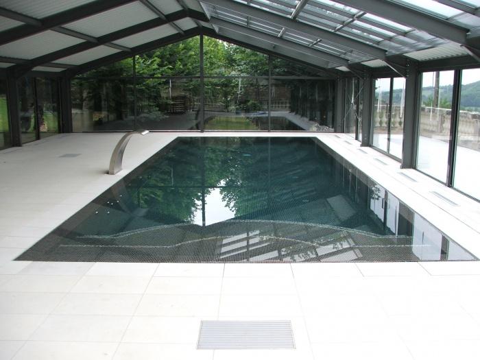 Création d'une piscine couverte
