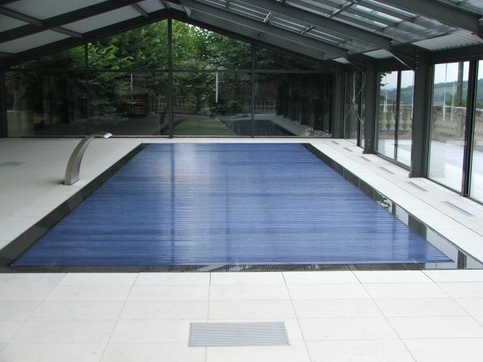 Cr ation d 39 une piscine couverte bussi res une - Piscine couverte lyon ...